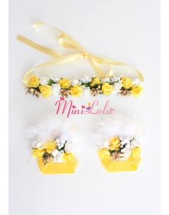 Sarı beyaz minik güllü tomurcuk süslü ayak-saç bandı seti