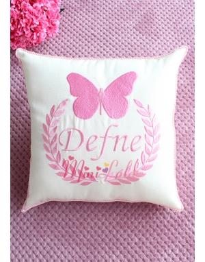 Pembe renk kelebekli isim işlemeli krem takı yastığı