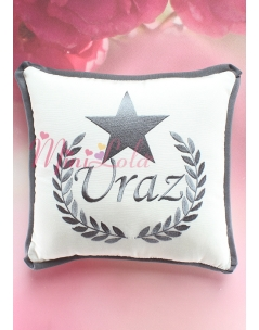 Koyu gri renk yıldız isim işlemeli kişiye özel krem takı yastığı