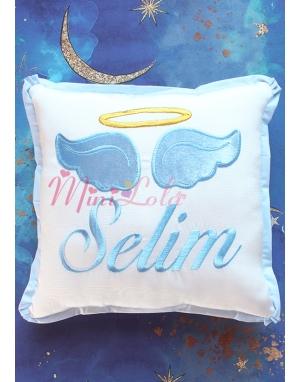 Krem renkli mavi melek kanat işlemeli gold isim detaylı takı yastığı