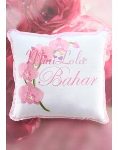 Pudra pembe orkide çiçekli isim işlemeli takı yastığı