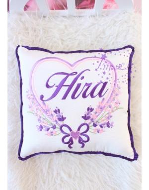 Mor pembe renkli kalp lavanta desen isim işlemeli yastık