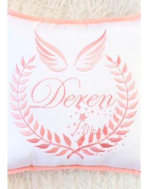 Somon melek kanat isim işlemeli isimli beyaz takı yastığı