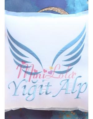 Mavi renk melek kanat isim işlemeli isimli takı yastığı