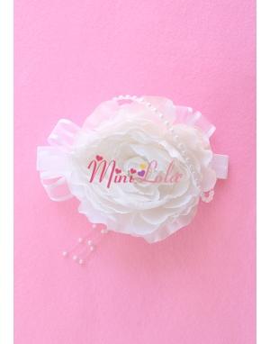 Beyaz büyük erengül çiçekli inci süslemeli zarif saç bandı