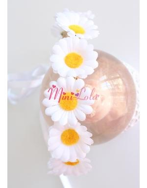 Papatya çiçekli tamtur bağlamalı taç