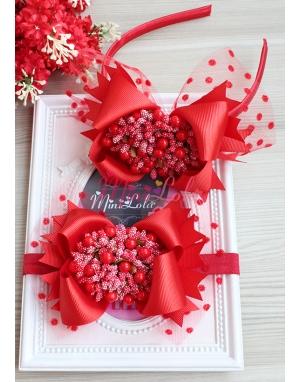 Kırmızı renk fiyonklu tomurcuk çiçek süslü puantiye tüllü anne kız takımı