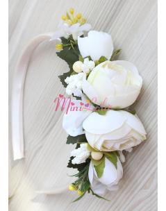 Krem renk erengül çiçekli tomurcuk süslemeli taç