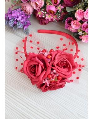 Kırmızı büyük gül çiçekli tomurcuklu tül süslü taç