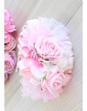 Pembe beyaz soft renkli gül ortanca çiçekli inci detaylı şık anne kız takımı