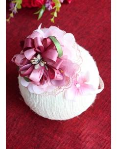 Gülkurusu pembe renk dantel çiçek süslü taç