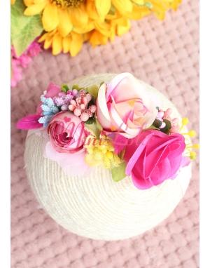 Pembe çiçekli renkli tomurcuk detaylı zarif saç bandı
