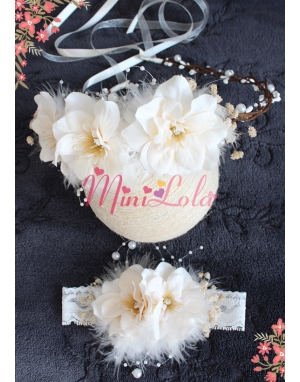 Krem sümbül çiçekli tüy inci detaylı zarif taç saç bandı seti