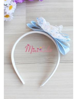 Mavi renk fiyonk dantel süslemeli zarif krem taç