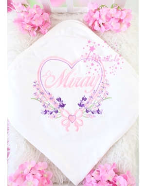 Tozpembe lila renkli kalp lavanta desenli isimli battaniye