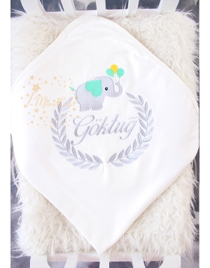 Gri mint yeşili fil desenli isim işlemeli krem battaniye