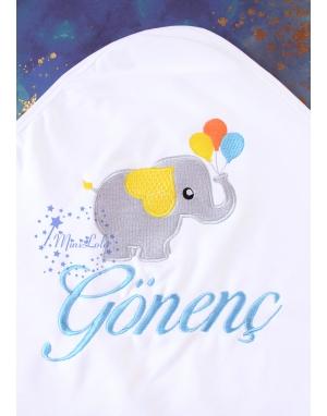Gri mavi fil desenli isim işlemeli beyaz battaniye
