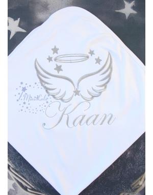 Gümüş renk kanat yıldız işlemeli isimli beyaz battaniye