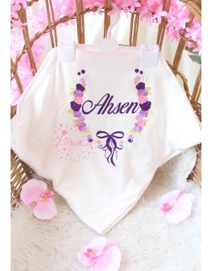 Mor pembe renkli gül fiyonk desenli nakış işlemeli isimli battaniye