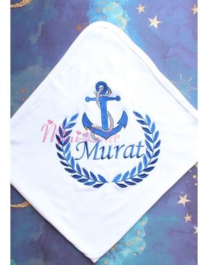 Lacivert renk çapa desenli isim işlemeli beyaz battaniye