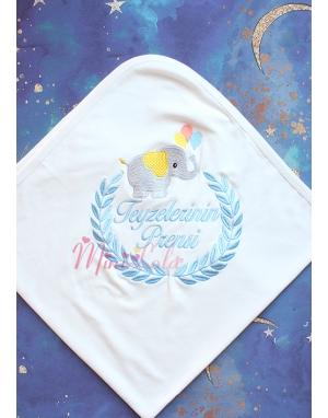 Gri mavi fil desenli isim işlemeli krem renkli battaniye