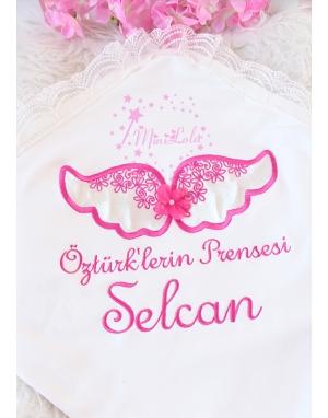 Krem kadife kanatlı fuşya melek kanat işlemeli dantelli battaniye