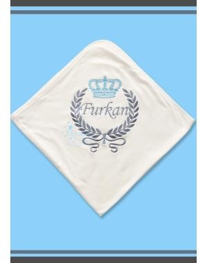 Mavi taç gri sarmaşıklı isim işlemeli krem battaniye
