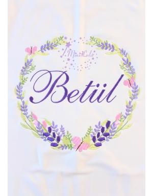 Mor lila renkli lavanta kelebek desen köşe işlemeli isimli battaniye