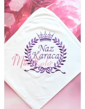 Mor renk fiyonklu taç isim işlemeli krem battaniye