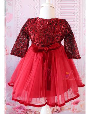 Kırmızı siyah renk dantelli kadife detaylı zarif elbise mevlüt seti