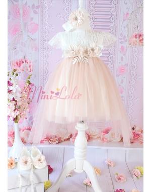 Pudra renk uzun kuyruklu çiçek dantel detaylı zarif elbise seti