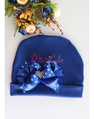 Saks mavi kumaşlı puantiye fiyonk süslü kalp taşlı şirin bere