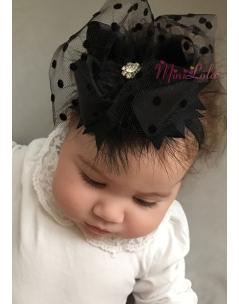 Siyah renk fiyonklu puantiye tül tüy süslemeli mini çiçek taşlı şık saç bandı