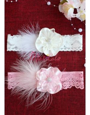 Pembe ekru renk taş çiçekli tüy detaylı saç bandı seti
