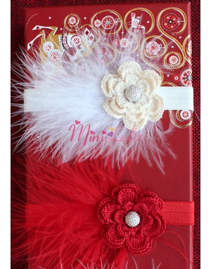 Krem pembe kırmızı renk örgü çiçekli tüy detaylı zarif saç bandı seti