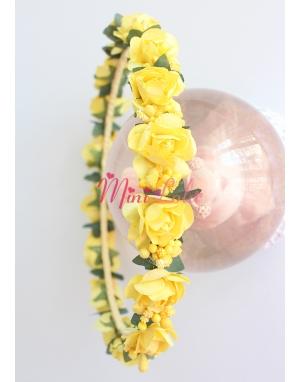 Sarı mini gül tomurcuk çiçekli tamtur taç