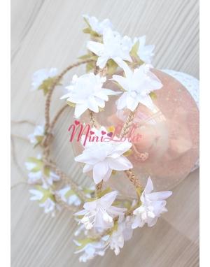 Hasır örgülü beyaz lilyum mini çiçekli tamtur taç