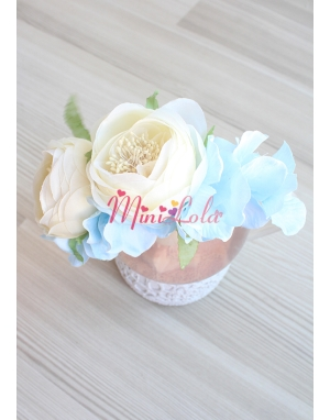 Krem şakayık güllü mavi ortanca çiçekli taç