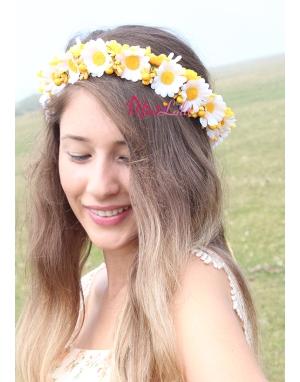 Sarı beyaz papatya çiçekli pıtırcık süslemeli tamtur taç