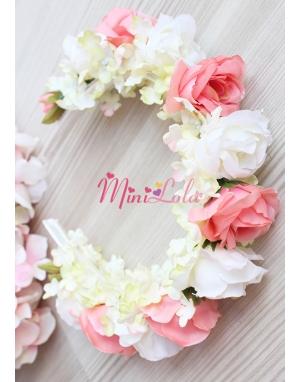 Somon krem renk güllü minik çiçek süslemeli taç