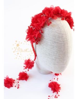 Kırmızı renk kristal taşlı şifon çiçek süslemeli küpeli taç saç aksesuarı