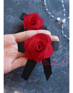 Siyah kırmızı gül çiçekli fiyonklu klips toka